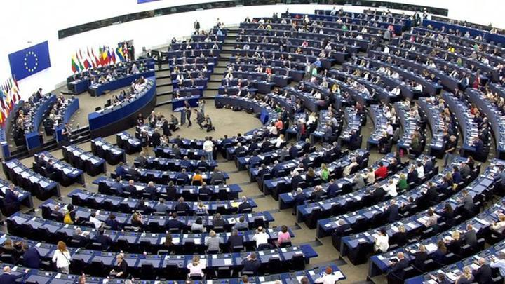 В Европарламенте предлагают ужесточить антироссийские санкции