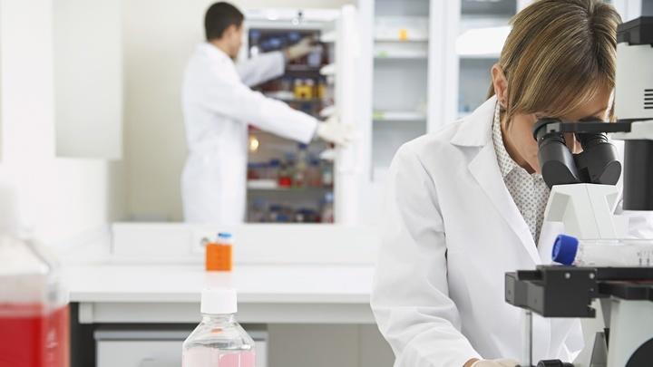 """По принципу действия новый препарат """"последней надежды"""" отличается от других противораковых средств, а потому может помочь там, где другие виды терапии не спасают."""