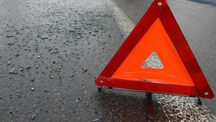 В Иркутской области ликвидируют последствия ДТП с грузовиком