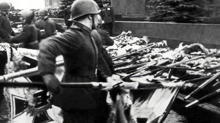 За отождествление СССР и III рейха предлагают штрафовать и сажать