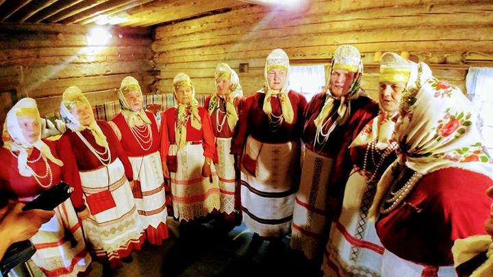 """Этнографическая группа """"Зорюшка"""". Третье поколение. Фото Людмилы Осиповой"""