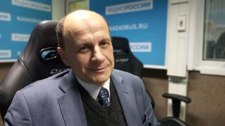 """Василий Цветков в студии """"Радио России"""""""
