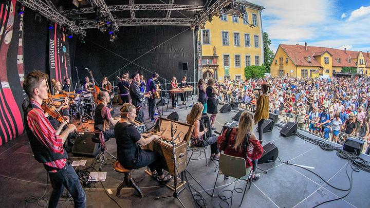 SibA Folk Big Band . Официальное фото Rudolstadt-Festival. Фотограф  Михаэль Поль