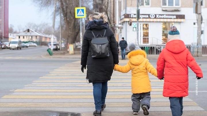Генконсульство РФ в Хьюстоне помогло россиянке сохранить опеку над дочерью