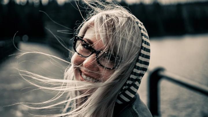 Большинство россиян – 80% – чувствуют себя счастливыми