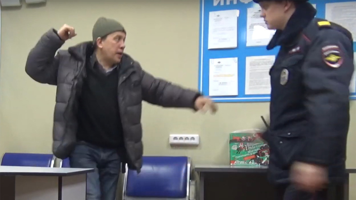 Вахтовик устроил в новосибирском аэропорту дебош и стал фигурантом уголовного дела