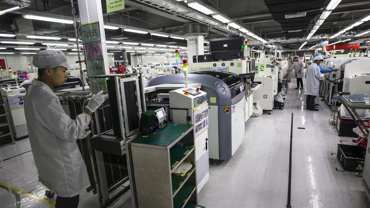 Сборщики айфонов могут перенести производство из Китая в Мексику