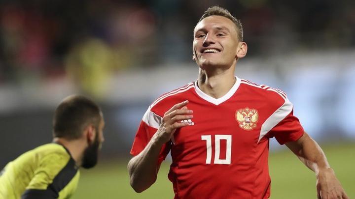 Россия отправила в ворота Исландии три мяча в первом тайме