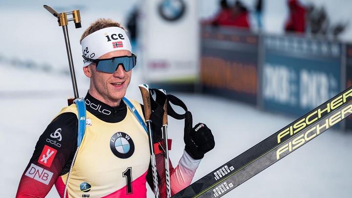 Йоханнес Бе в третий раз подряд стал победителем Кубка мира по биатлону