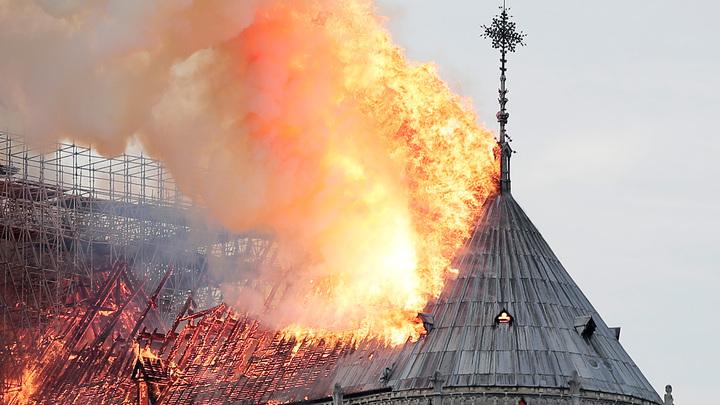Российских специалистов попросили помочь в реставрации собора Парижской Богоматери