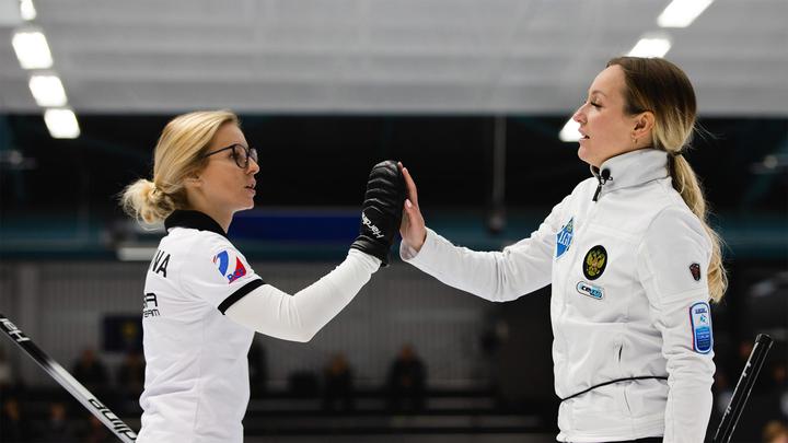 Сборная России по керлингу добилась восьмой победы подряд