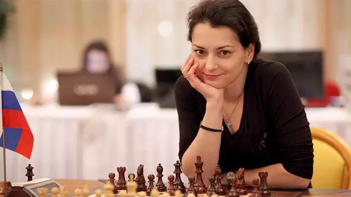 Шахматы. Костенюк и Горячкина начали полуфиналы Кубка мира с ничьих