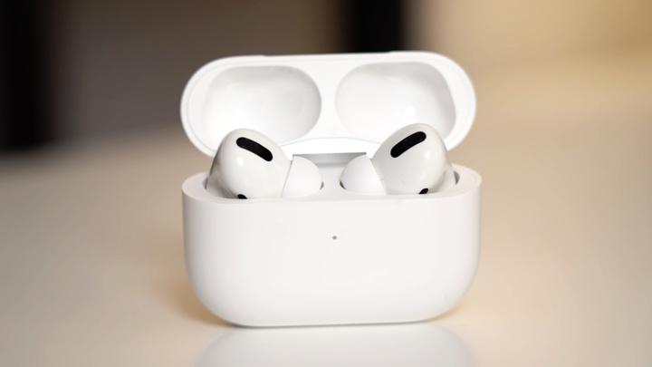 WSJ: Apple хочет превратить AirPods в гаджет для здоровья
