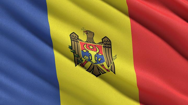 КС Молдавии отказался повышать статус русского языка