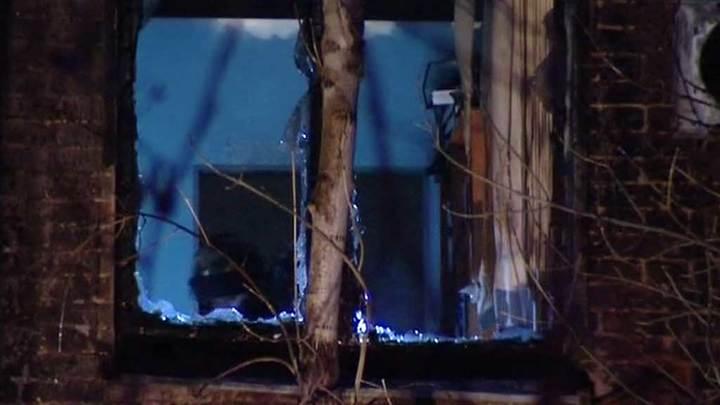В Калуге следователи устанавливают обстоятельства смерти мужчины при пожаре