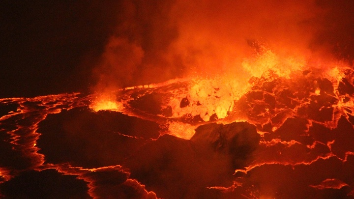 По новым данным, катастрофические извержения супервулканов происходят в среднем раз в 17 тысяч лет.