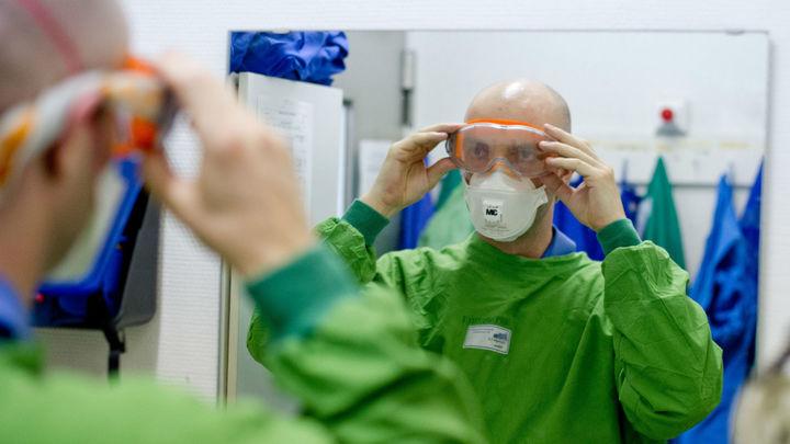 Выжившие после лихорадки Эбола обладают иммунитетом к вирусу даже спустя 40 лет