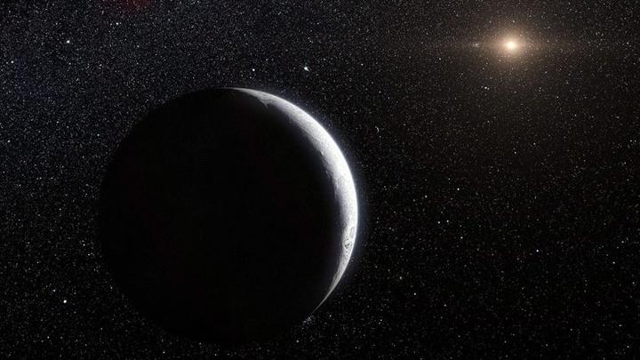 Новый ледяной мир с необычайно вытянутой орбитой может указать на таинственную Планету Х