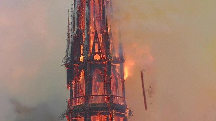Колокольный звон горевшего Нотр-Дама: годовщина французской трагедии