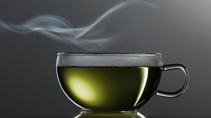 Употребление горячего чая уменьшает риск развития глаукомы