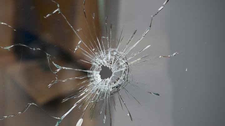 В Цхинвале неизвестные обстреляли автомобиль главы МВД Южной Осетии