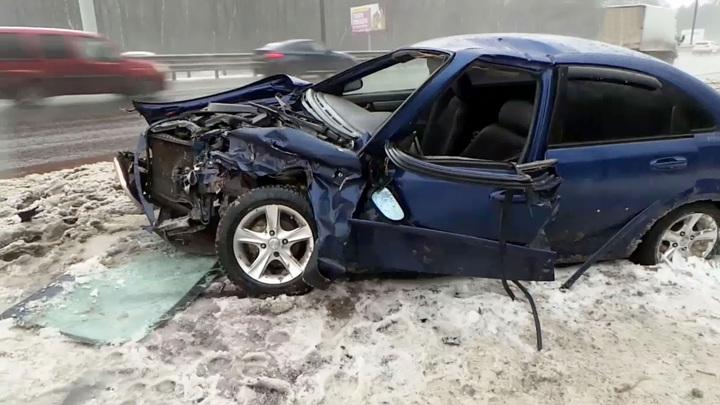 Авария в Свердловской области: пятеро погибли, трое пострадали