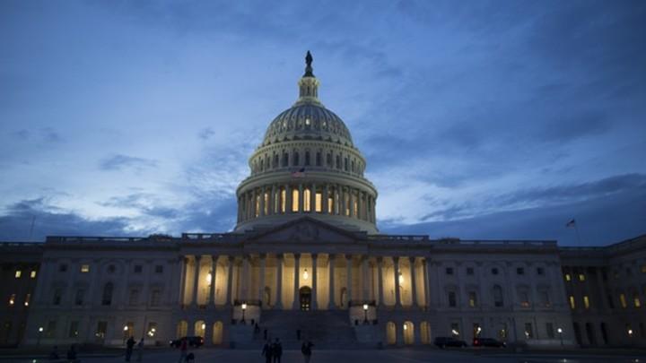 Конгресс США принял оборонный бюджет с новыми санкциями против Москвы