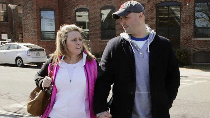 Пожарный женился на женщине, которую спас во время Бостонского марафона