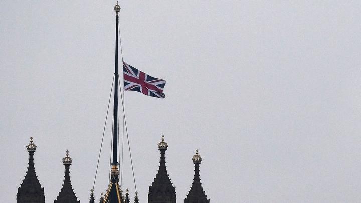 Инцидент в британском парламенте: не пожар, а выброс пара