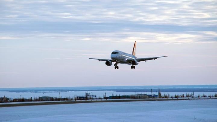 Путин поручил расширить программу доступности авиаперевозок из ДФО