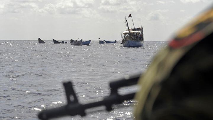 Пираты похитили россиянина с танкера в Гвинейском заливе