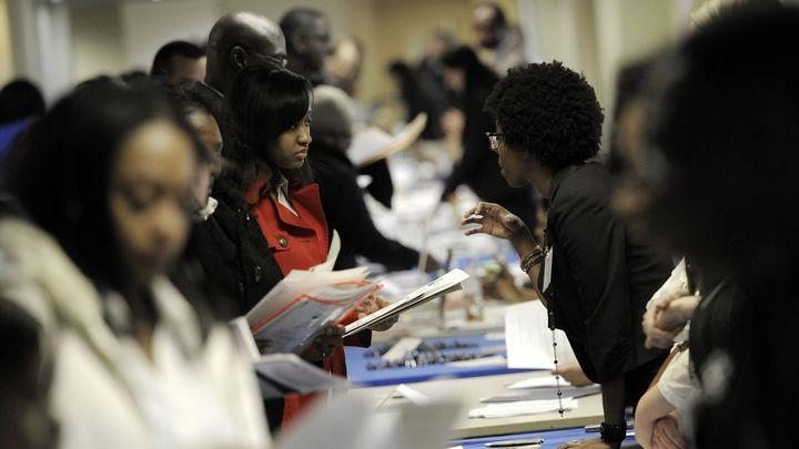 Уровень безработицы в США вновь растет