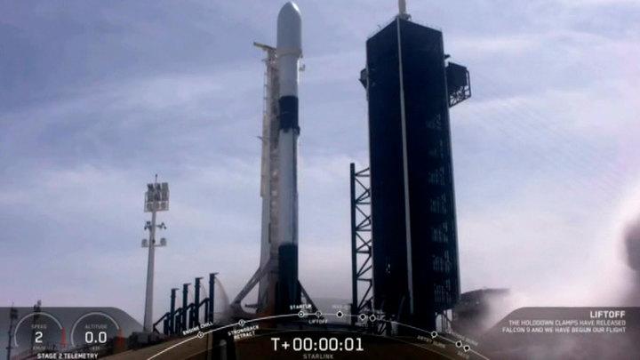 SpaceX перенесла пуск Falcon 9 с Dragon