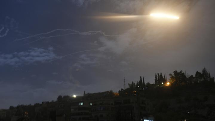 Жертвами авиаудара США по иранским объектам в Сирии стали несколько человек