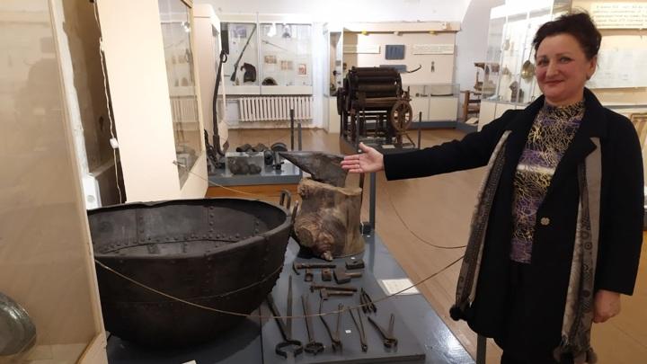 Директор музея Фаина Новак рассказывает о том, как Устюжна была в XVI веке железной столицей России