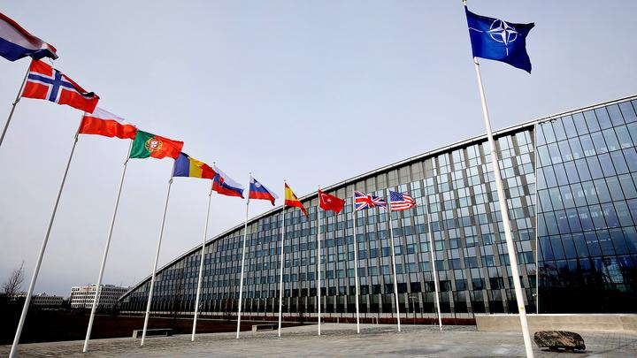 """НАТО """"не может принять, когда нарушается международное право"""""""