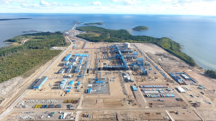 В морском порту Выборга Ленобласти разлились нефтепродукты