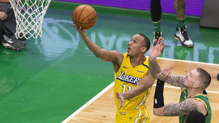 """""""Лос-Анджелес Лейкерс"""" проиграл """"Финиксу"""" и сложил полномочия чемпиона НБА"""