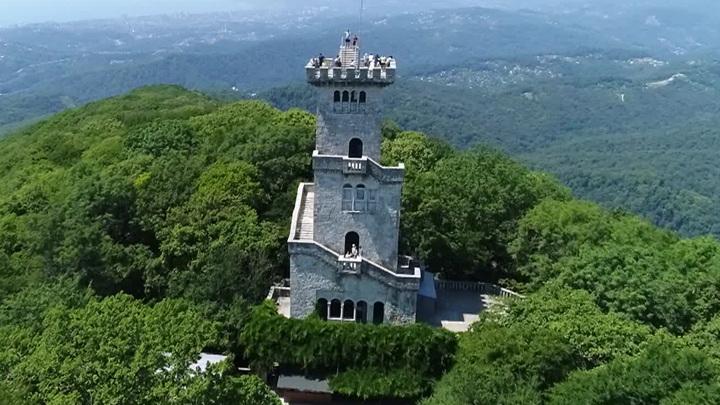 В Сочи вновь доступно для туристов излюбленное место отдыха – башня на горе Ахун