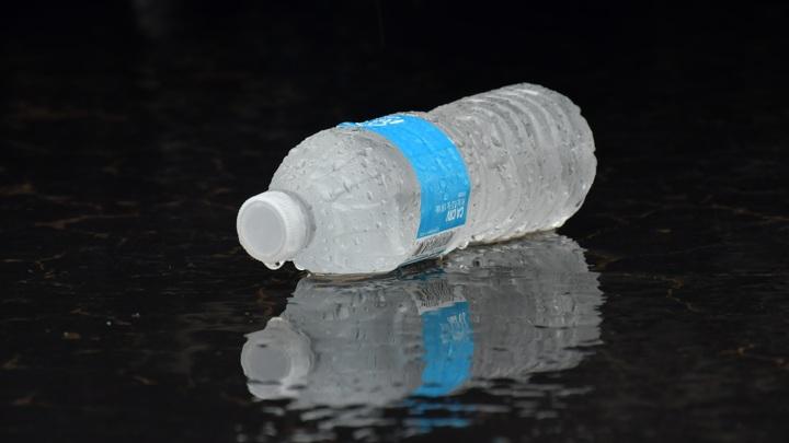 В Ростовской области введут QR-коды для бутылок с водой
