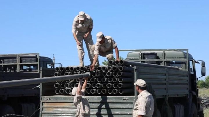 В Хабаровске обрушился мост через Амур, пострадали 17 военнослужащих
