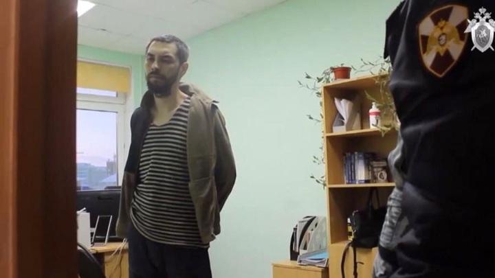 Охранник, впустивший вдетсад убийцу ребенка, вину признал частично
