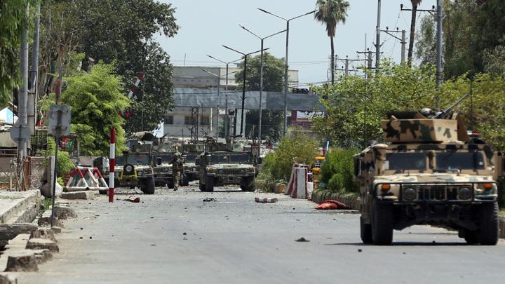 Бомба взорвалась у машины талибов на востоке Афганистана