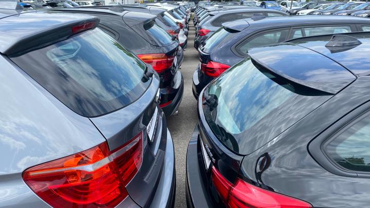 Россияне стали чаще покупать автомобили с пробегом