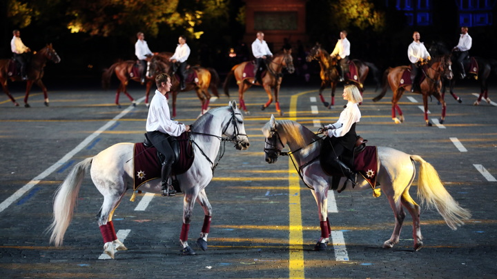 Кремлевские лошади будут выступать в ботинках