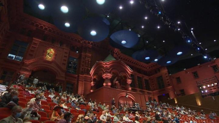"""""""Москва спасла театр и искусство"""": в сентябре """"Геликон-Опера"""" открывает двери для зрителей"""