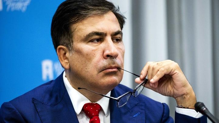 """Саакашвили объявил о """"другом этапе войны"""" с Россией"""