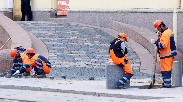 В Россию вернется в шесть раз меньше мигрантов, уехавших в пандемию
