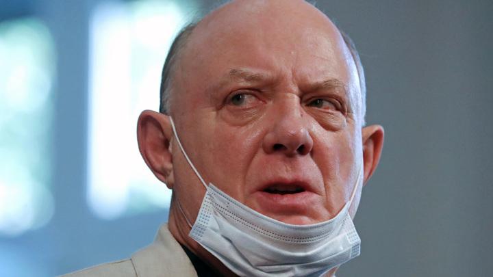 Юматов уточнил, что с ним произошло во время спектакля