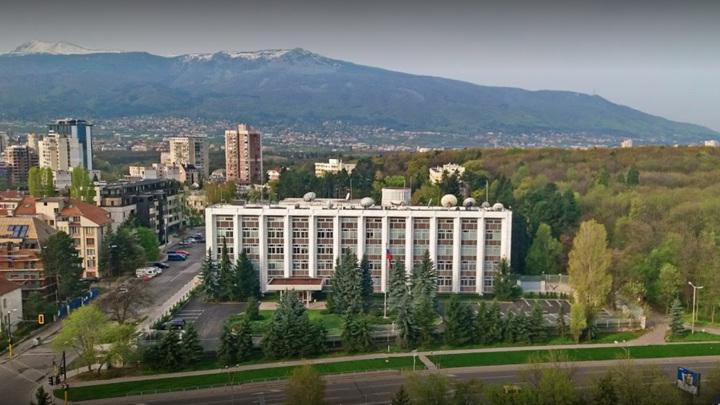 Болгария объявит российских дипломатов нежелательными персонами